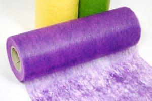 Deko Vlies Tischläufer in lila, 23 cm breit