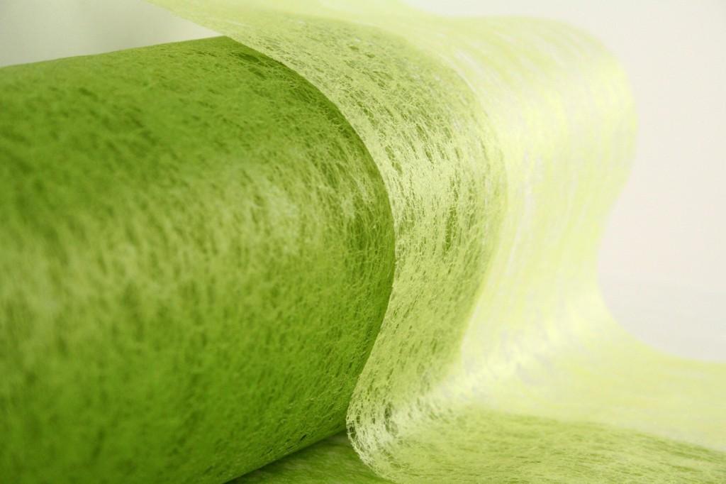 Deko Vlies in schönem hellgrün / dunkelgrün Kontrast als Tischband